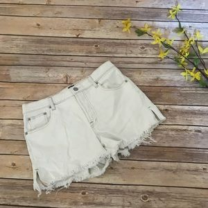 """Gap 3"""" Button Fly Shorts in Light Blue Day Size 27"""